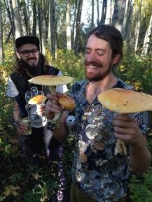 Spontaneous mushroom foraging!